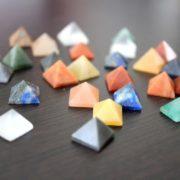 Pirámides de cuarzo miniaturas